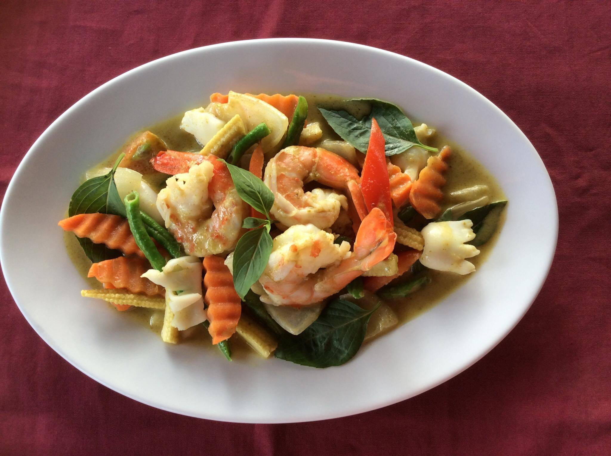 Yellow Curry with Seafood